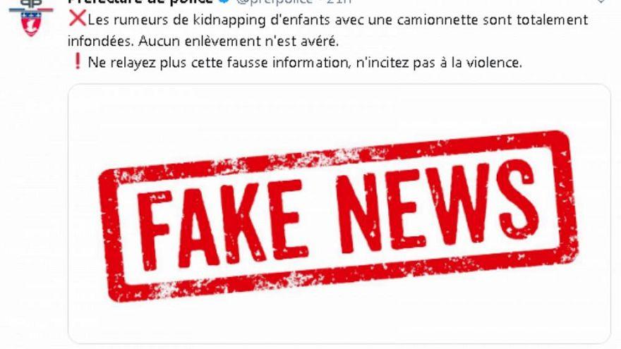 Die Polizei veröffentlichte Warnungen vor Fake News.