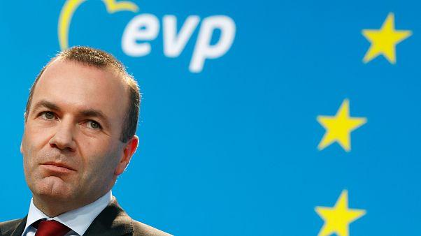 """Weber forrásokat venne el az """"EU ellenségeitől"""""""