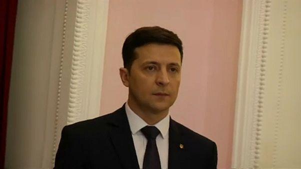 Egy humorista az ukrán elnökválasztás első fordulójának fő esélyese