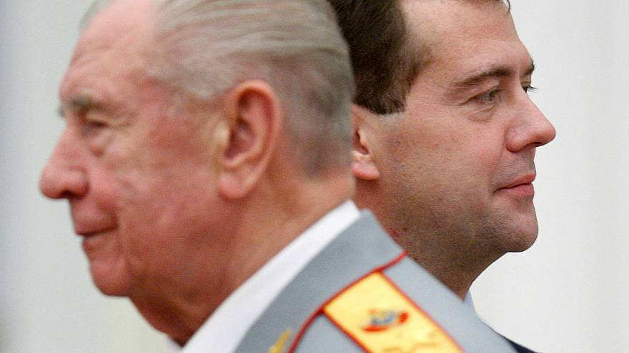 Dmitry Yazov (L) and Dmitry Medvedev in 2009.