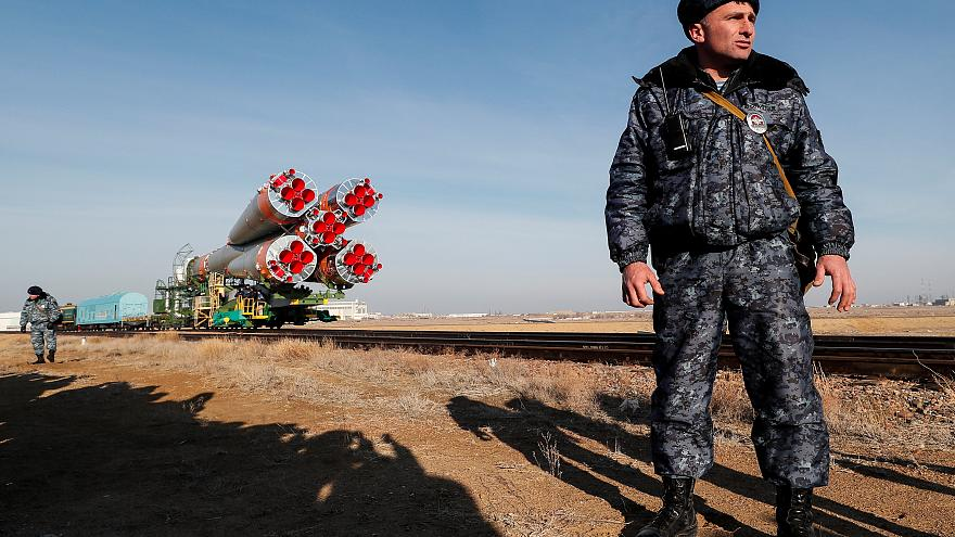 سقوط طائرة هليكوبتر عسكرية وعلى متنها 13 شخصا في كازاخستان