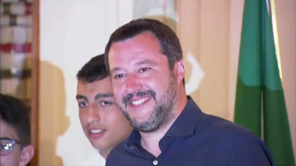 Salvini concede cidadania italiana a filho de pais egípcios