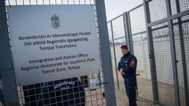A Belügyminisztérium szerint az afgán férfi azért nem kapott enni, mert kiutasították az országból