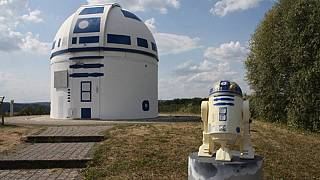 Star Wars: German sci-fi-loving professor paints observatory as giant version of robot R2-D2