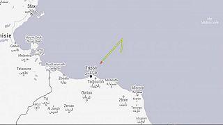 مهاجرون يختطفون سفينة أنقذتهم ويتجهون بها إلى مالطا