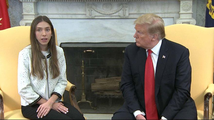 ترامب يستقبل زوجة غوايدو في البيت الأبيض وبنس يصفها بالشجاعة