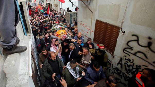 Un secouriste palestinien tué en Cisjordanie, tensions près de Gaza