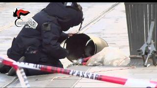 Panico nel centro di Milano per un falso allarme bomba