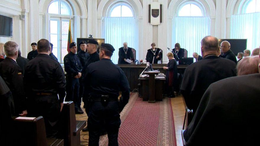 Lituania: condannato ex ministro della Difesa Urss per crimini di guerra