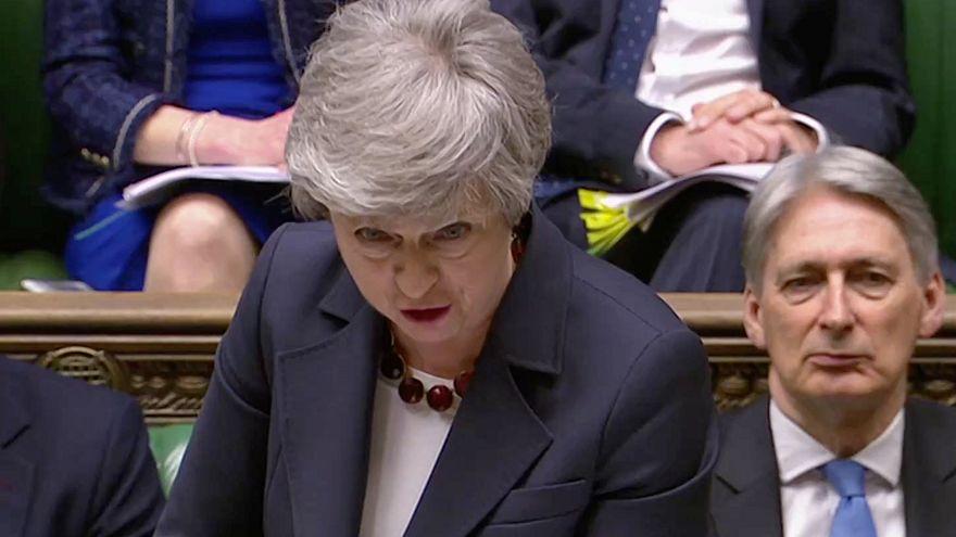 ماي مستعدة للتنحي لإنقاذ اتفاق خروج بريطانيا من الاتحاد الأوروبي