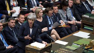 İngiltere parlamentosu Brexit tekliflerinin tümünü reddetti