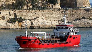 کشتی باری که مهاجران ربوده بودند در مالت لنگر انداخت