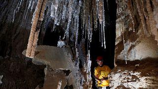 """Gruta de sal """"mais longa do mundo"""" é em Israel"""