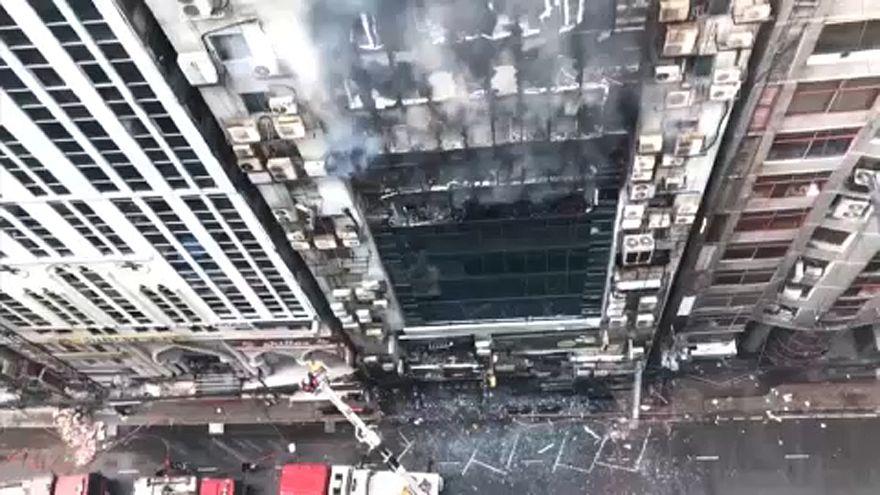 More than a dozen killed in high-rise building blaze in Bangladesh