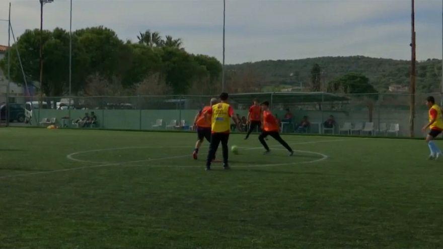 El FC Barcelona acerca el fútbol a los niños refugiados