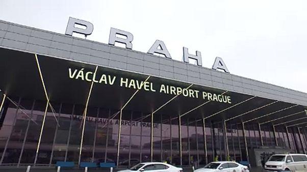 Terrorgyanúval fogtak el két férfit Prágában