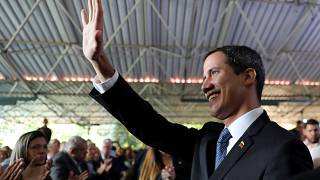 15 évre eltiltották a közfeladatoktól Juan Guaidót