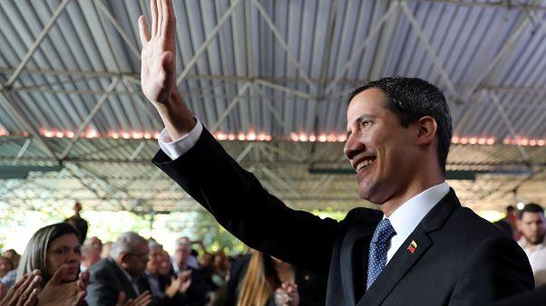 Oppositionschef Guaidó für 15 Jahre für politische Ämter gesperrt