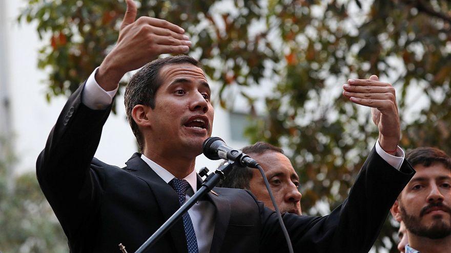 """Interdizione dai pubblici uffici, Guaidó, """"una farsa"""""""