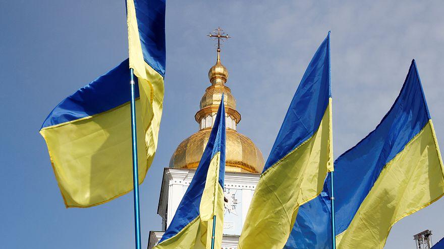 Ucrânia: Eleições num país em confronto