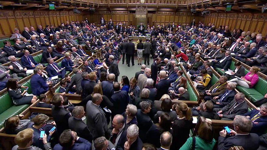 للمرة الثالثة البرلمان البريطاني يصوّت على خطة ماي والمدّعي العام يحثّ النوّاب على تأييدها