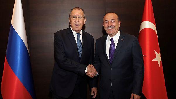 ترکیه درباره زمان تحویل گرفتن موشکهای اس ۴۰۰ با روسیه گفتگو میکند