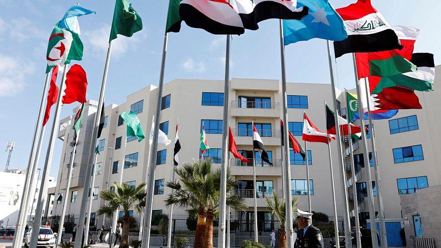 وزراء الخارجية العرب يفتتحون الأعمال التحضيرية للقمة العربية الثلاثين في تونس