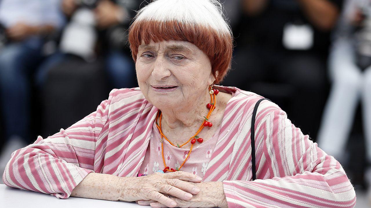 Elment Agnès Varda, a francia újhullám ikonikus rendezője