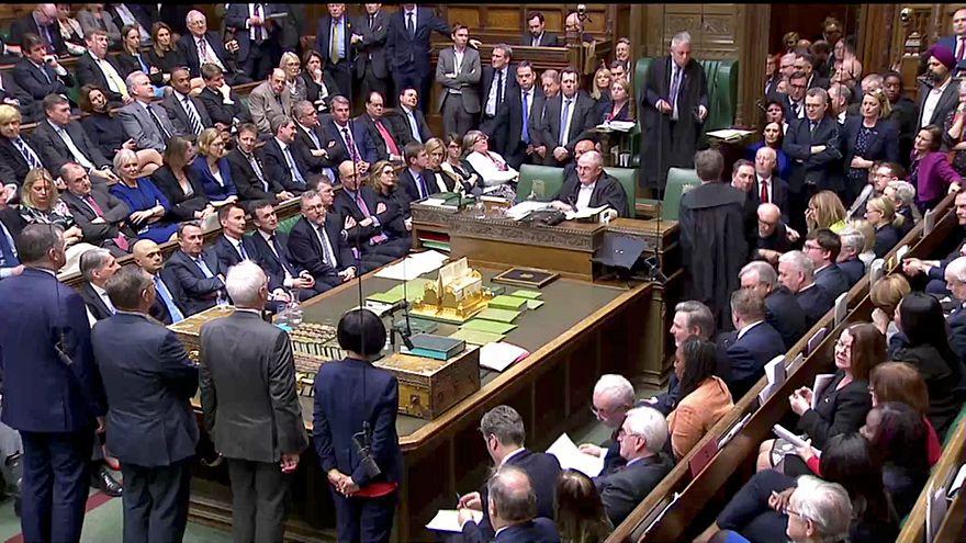 المشرعون البريطانيون يرفضون اتفاق الانسحاب من الاتحاد الأوروبي للمرة الثالثة