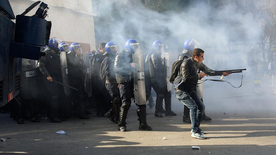 Algeria: Police 'fire rubber bullets and tear gas at protesters' in biggest demonstration yet