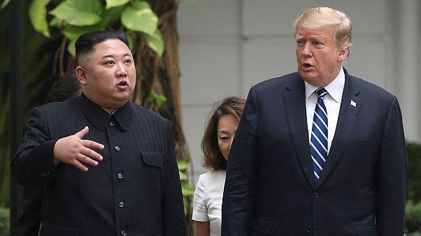 الزعيم الكوري الشمالي كيم جونغ أون والرئيس الأمريكي دونالد ترامب في هانوي