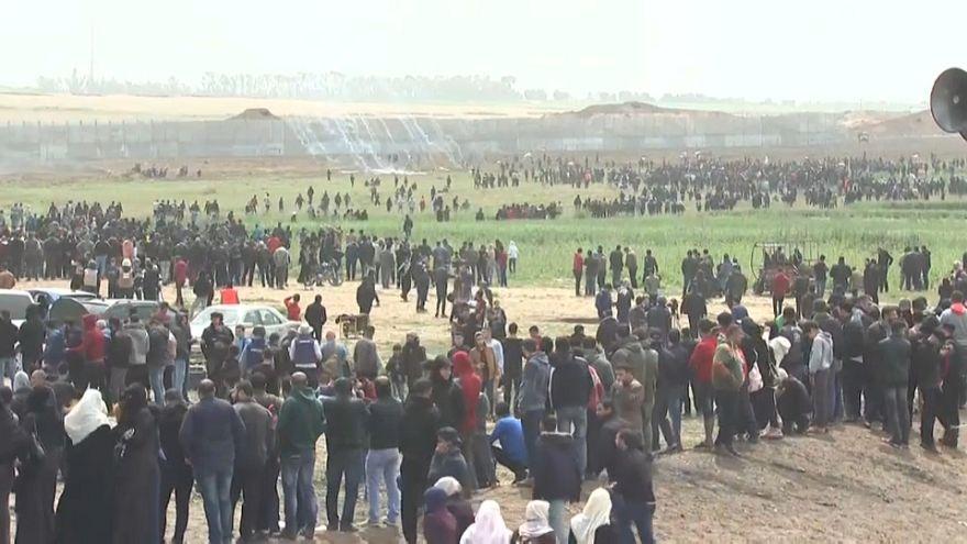 Gaza, in marcia per la terra: tensioni e un morto