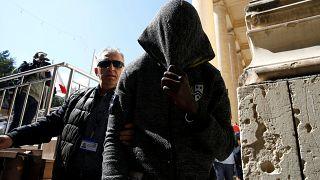 Türk gemisini kaçıran göçmenler Malta'da hakim karşısında