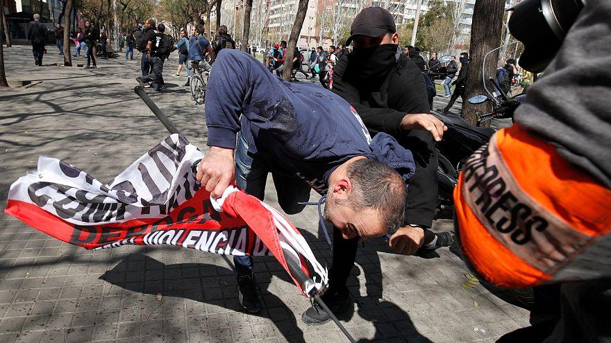 7 detenidos en los disturbios antifascistas contra un acto de Vox