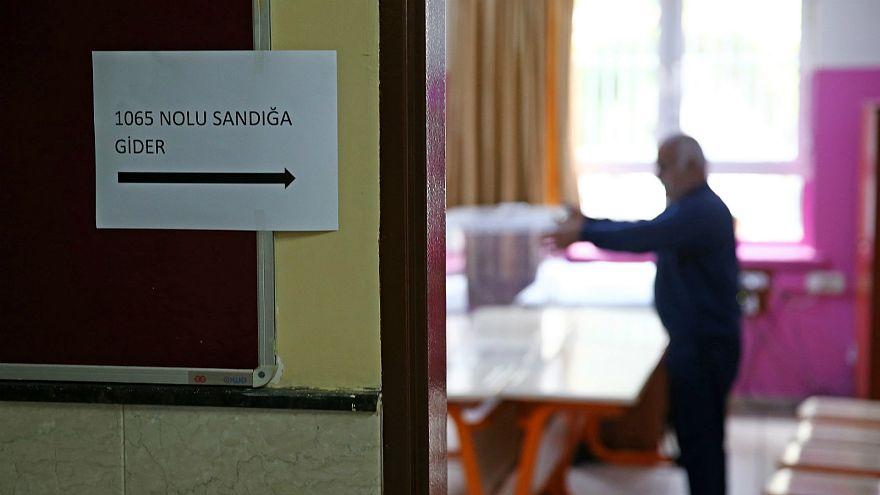 31 Mart yerel seçimleri için oy verme işlemi başladı