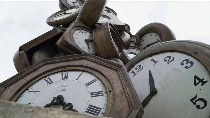 Uhren umgestellt? Um 3 Uhr hat die Sommerzeit begonnen