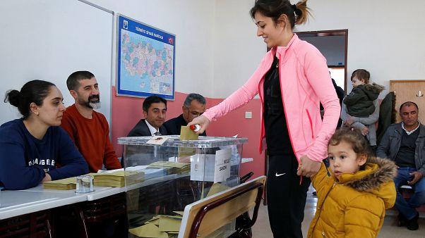 """Эрдоган: """"Выборы - вопрос жизни и смерти"""""""
