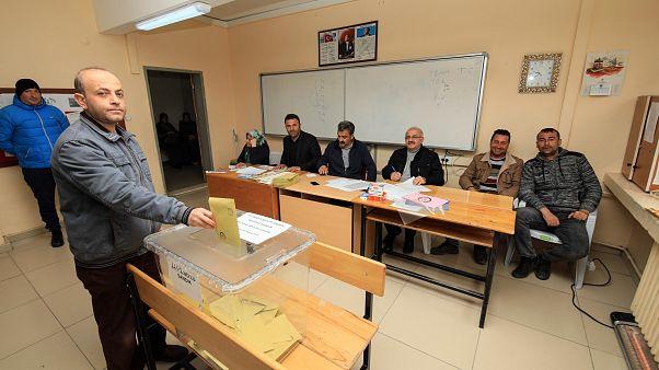 Malatya'da yerel seçimler için çıkan kavgada iki kişi öldü