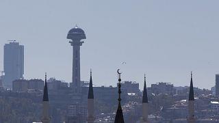 Ankara ve İstanbul'da çeyrek asırlık Refah- AK Parti devri bitti