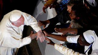 """Papa Francisco: """"Os migrantes estão no coração da Igreja"""""""