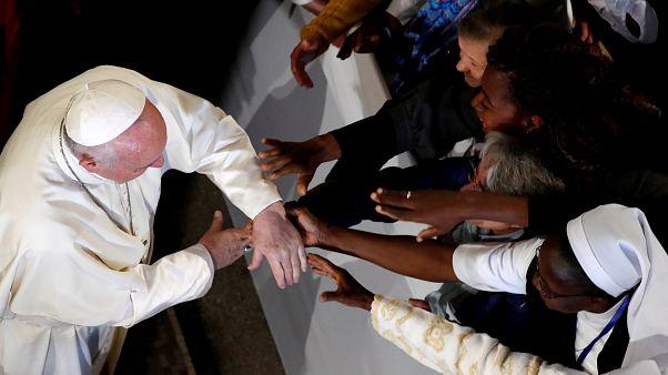 """Папа Франциск: """"Нельзя молчать о проблемах мигрантов"""""""