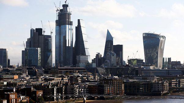 Mann sticht vier Menschen in London nieder