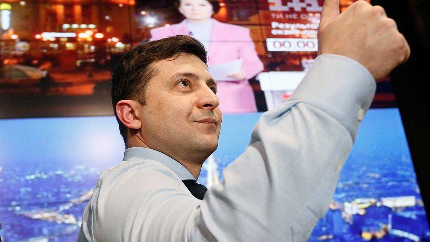 Ukrayna Devlet Başkanlığı seçimini Vladimir Zelenskiy ilk sırada tamamladı