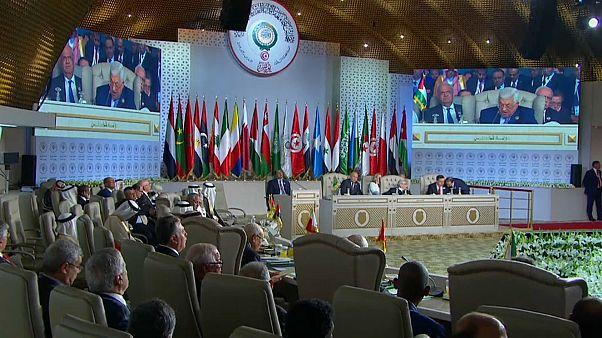 اجتماع قادة العرب في تونس