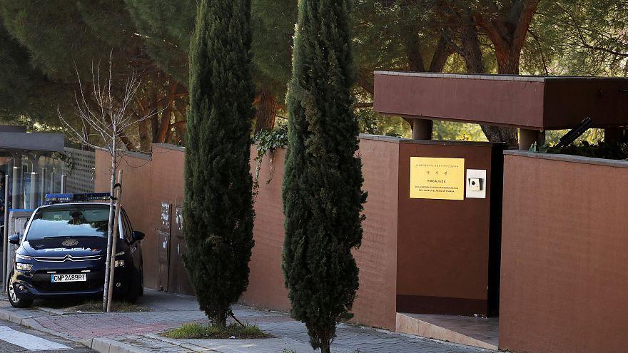 """Los opositores que atacaron la embajada de Corea del Norte en Madrid preparan """"una gran acción"""""""