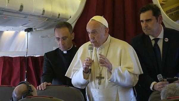 """Il Papa sul caso Barbarin: """"presunzione di innocenza"""""""