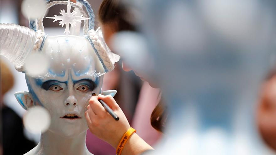 Apprentice makeup artists compete for prize in Germany