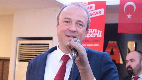 CHP'li Turan Hançerli Türkiye'nin ilk engelli belediye başkanı oldu
