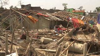 Tempestade mortal no Nepal