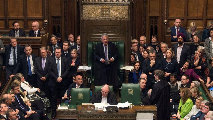 مجلس عوام بریتانیا با هر ۴ پیشنهاد نمایندگان در مورد برکسیت مخالفت کرد